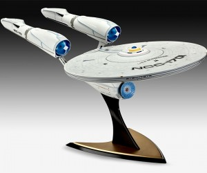 star_trek_into_darkness_revell_enterprise_2