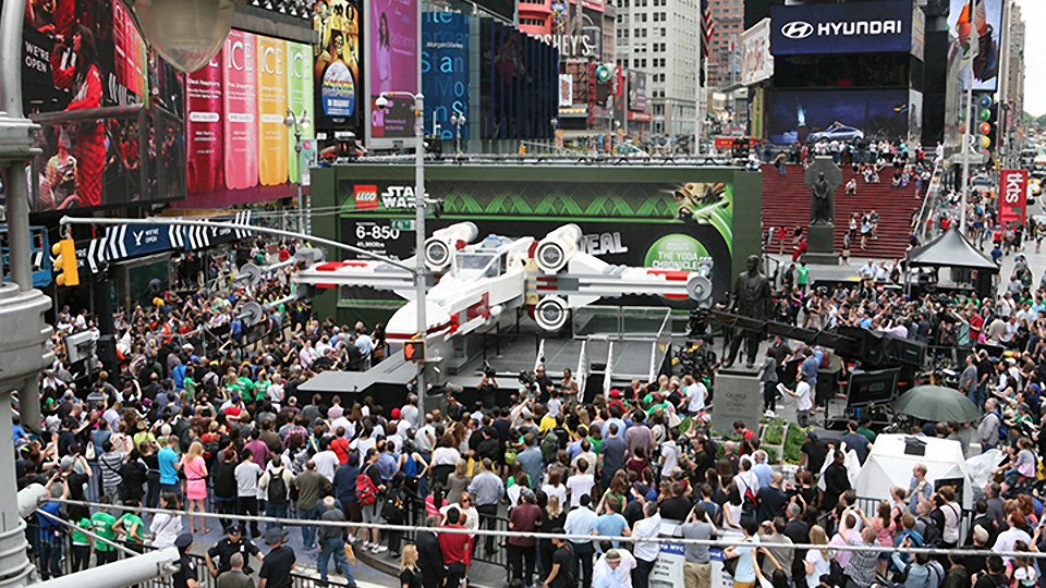 World's Largest LEGO Model Revealed: 1:1 Scale X-Wing