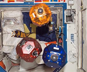 NASA Successfully Tests Smart SPHERES