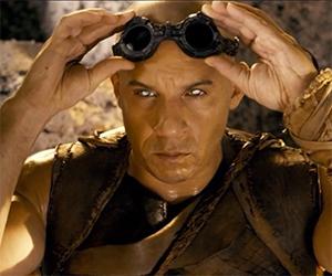 Riddick Trailer: Vin Diesel Battles Alien Predators