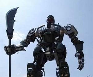 Giant Guan Yu Transformer in China