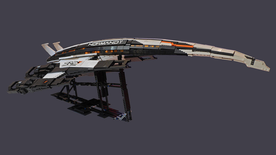 LEGO Mass Effect Normandy Starship