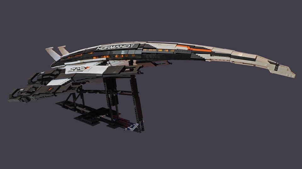 LEGO Mass Effect Normandy Starship