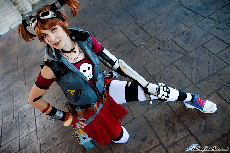 Incredible Borderlands 2 Mechromancer Cosplay