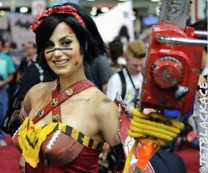 atomic_wonder_woman_cosplay_2