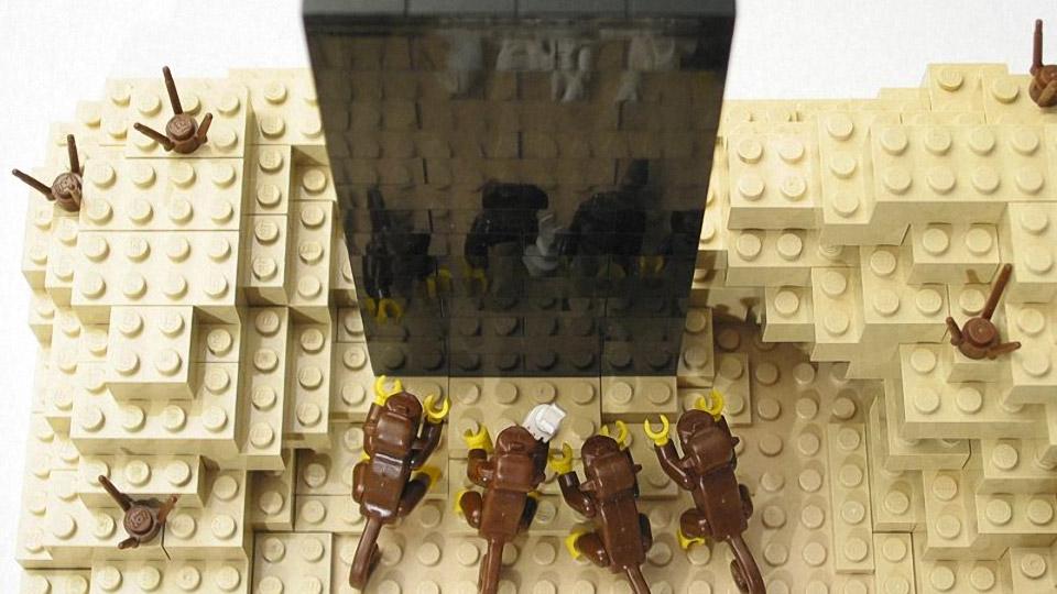 LEGO 2001 A Space Odyssey: Dawn of Man