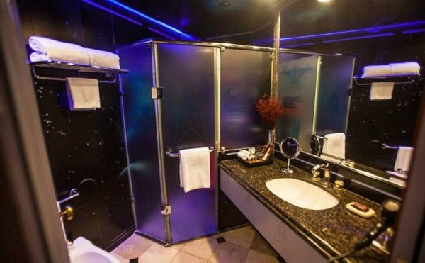 star trek themed hotel room in sao paulo mightymega