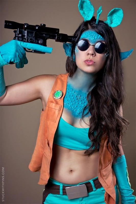 corinne_alexandra_greedo_cosplay_1
