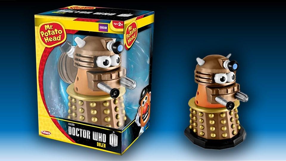 doctor_who_gold_dalek_mr_potato_head_l.j
