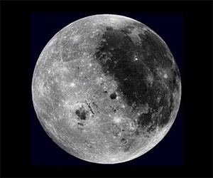 Amazing Video of a Fully Rotating Moon