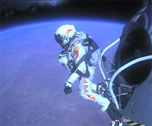 Documentary on Felix Baumgartner's Skydive