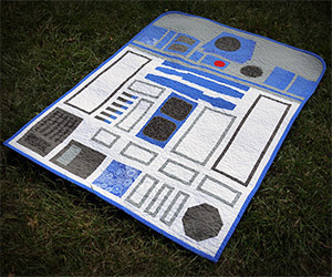 Awesome Hand-Made Star Wars R2-D2 Quilt