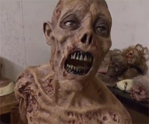 The Walking Dead: Visit the Zombie Prop Room