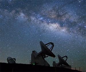 Timelapse of the Heavens Above Mauna Kea
