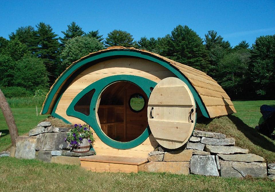 Own your own hobbit hole playhouse mightymega - Bauernhof garten ...