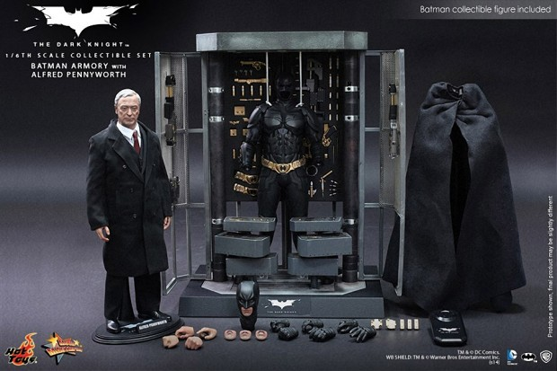 hot_toys_batman_collectible_armory_1