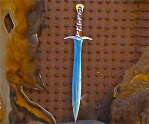 Man at Arms Crafts Bilbo's Sword, Sting