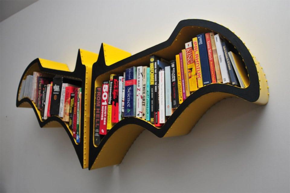 Awesome batman bat symbol wall shelf mightymega for Decoration chambre super heros
