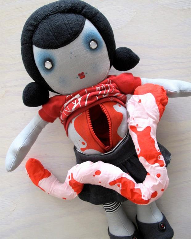 charlotte_and_stewart_zombie_dolls_1