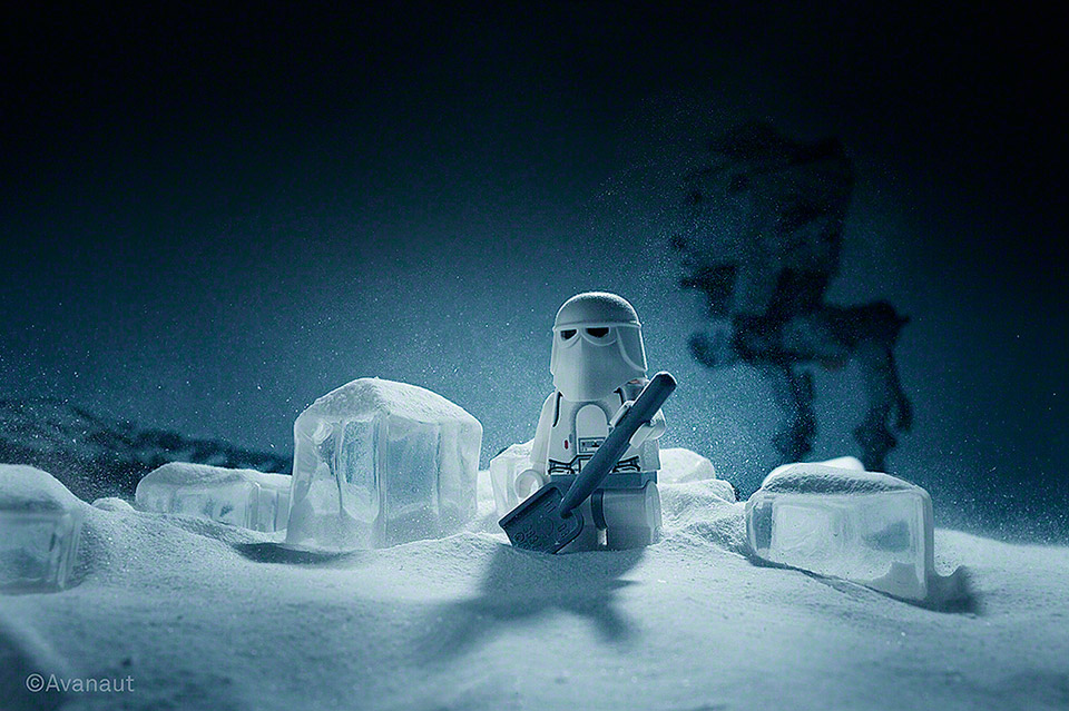 Avanaut: A Grand Day on Hoth LEGO Tribute