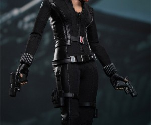 captain_america_black_widow_figure_1