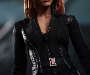 captain_america_black_widow_figure_5