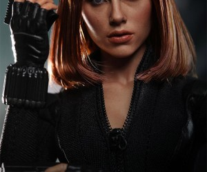 captain_america_black_widow_figure_9