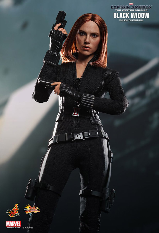 Amazing Hot Toys Black Widow 1/6 Scale Collectible