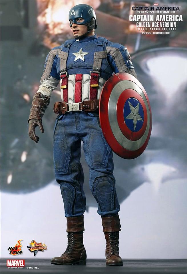 Hot Toys Captain America Golden Age 1/6 Collectible