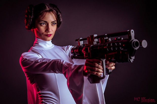 ivy_pole_princess_leia_cosplay_2