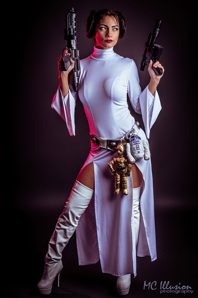 Terrific Princess Leia Cosplay by Ivy Pole