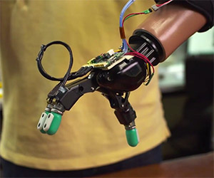 Luke Skywalker's Robotic Hand Closer to Reality