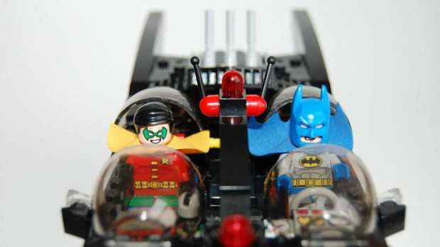 batman_50th_anniversary_batmobile_lego_cuusoo_3