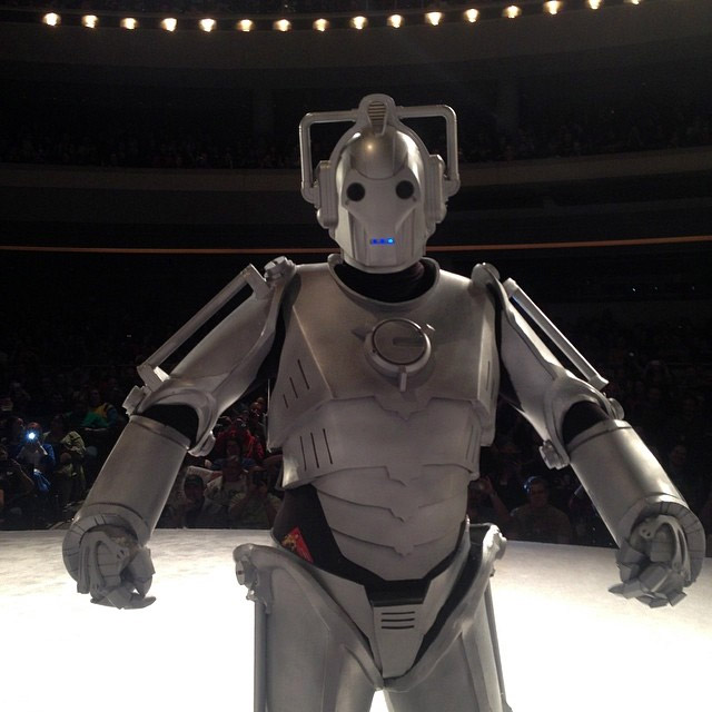 Doctor Who: Awesome Cyberman Cosplay