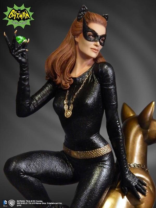 1966_julie_newmar_catwoman_statue_1