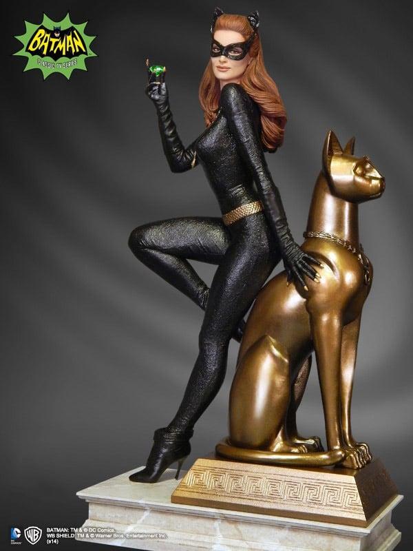 1966_julie_newmar_catwoman_statue_2