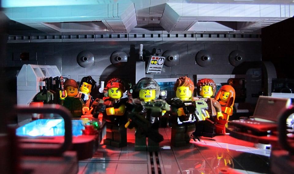 Classic Aliens Scenes Redone in LEGO