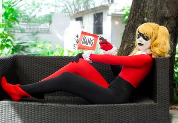 harley_quinn_behind_bars_cosplay_3