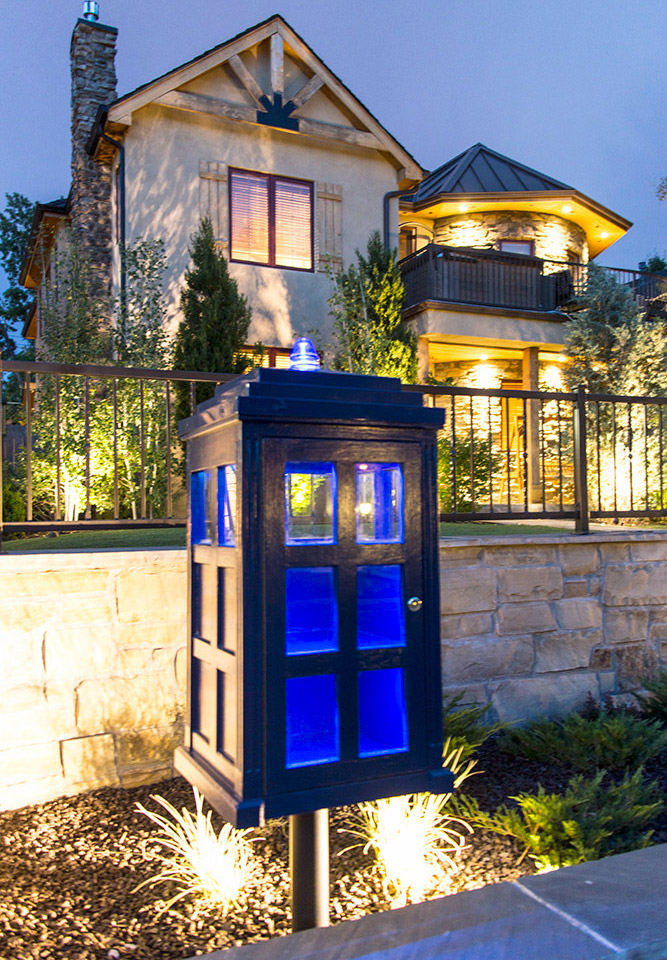 Doctor Who TARDIS Lending Library
