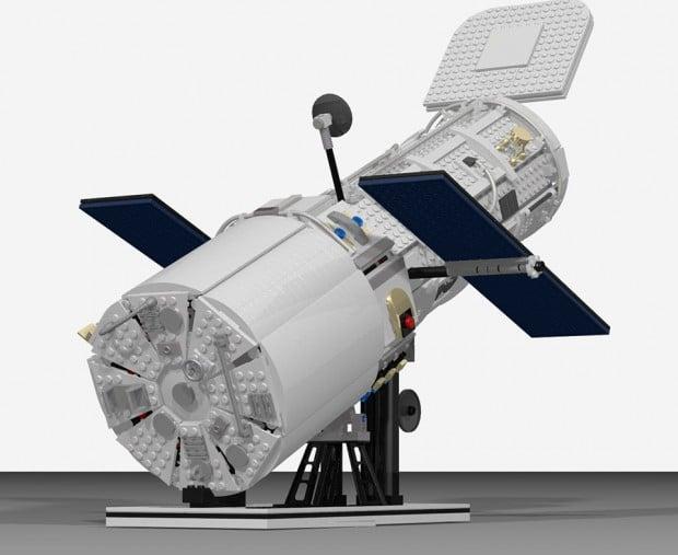 lego_hubble_telescope_2