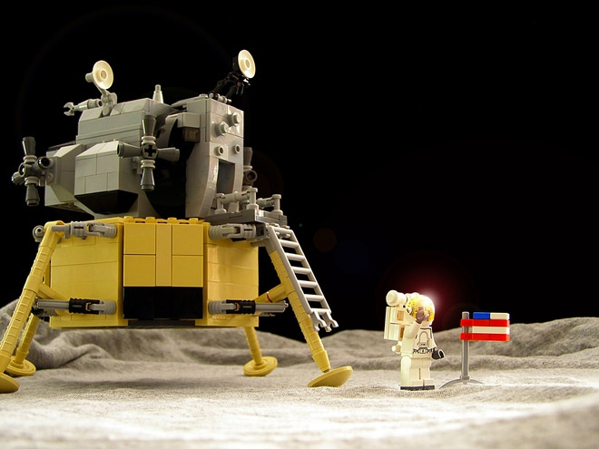 LEGO Apollo 11 Moon Landing Set on LEGO Ideas