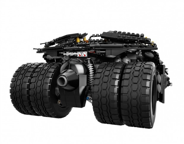 lego_the_dark_knight_tumbler_3