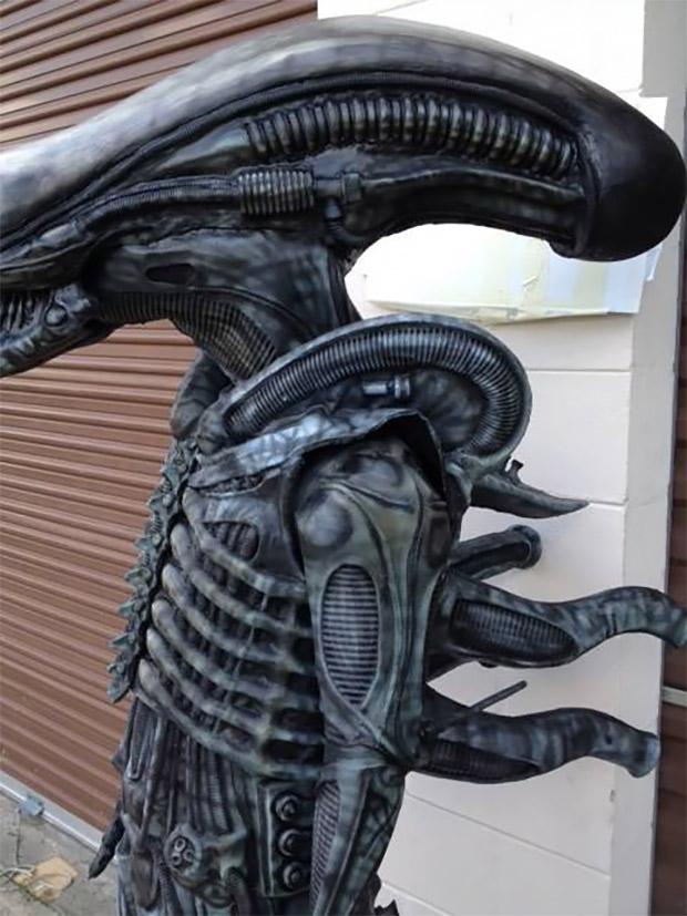 alien_costume_1