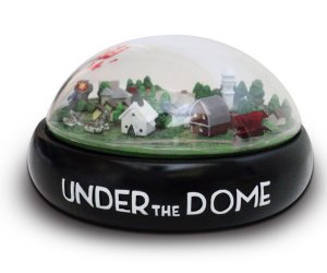 Under the Dome: Limited Collector's Edition Set