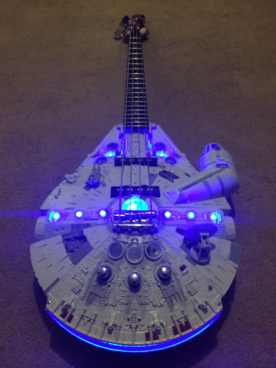Millenium Falcon Rebel Bass Guitar