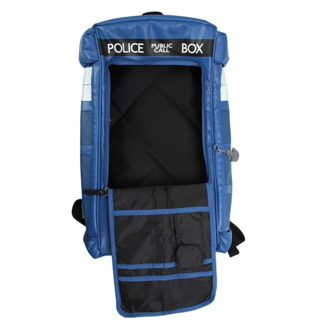 tardis_backpack_1