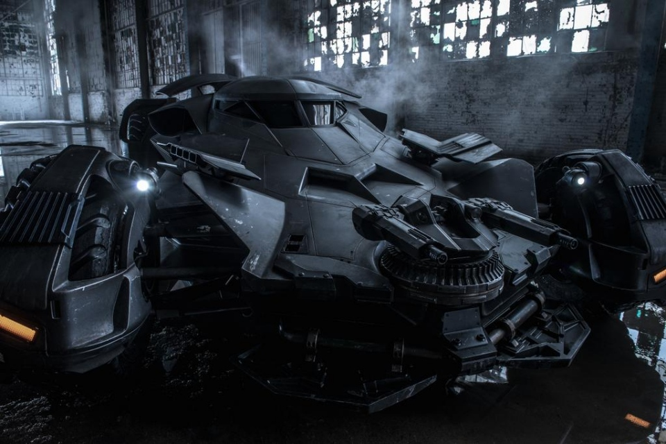 Zack Snyder Tweets Official Batmobile Image