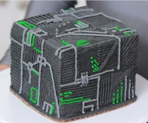 Nerdy Nummies Makes a Borg Cube Cake