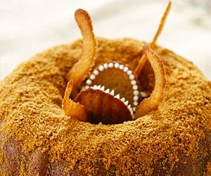 Sarlacc Pit Bundt Cake