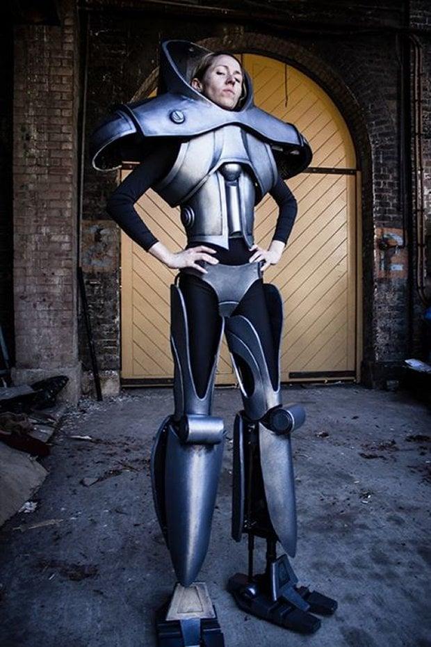 cylon_costume_1